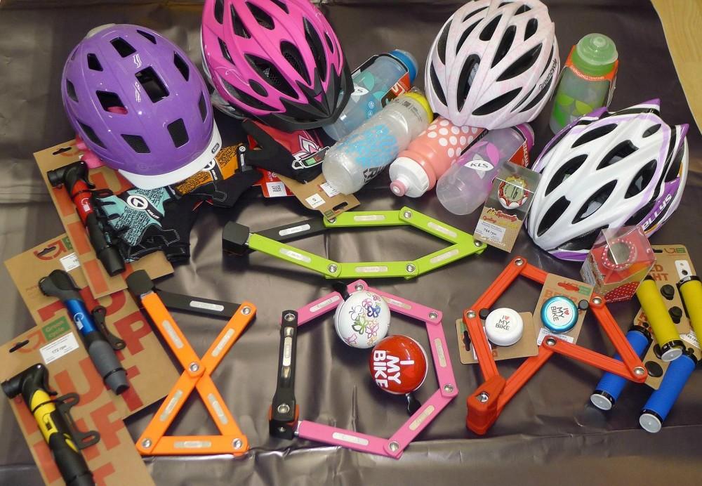 Аксесуари для велосипедистів зі знижкою